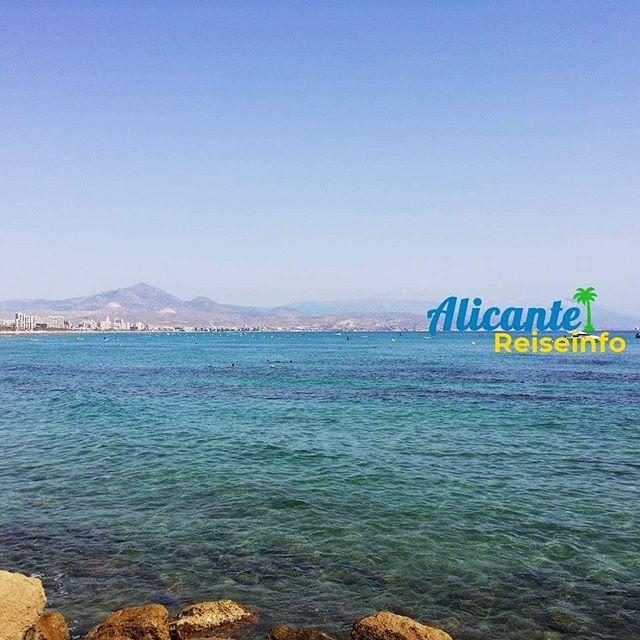 Sommer 🙂 Blick vom Cabo de La Huerta Richtung San Juan. #latergram #alicante #costablanca #playa #mittelmeer #mediterraneo #meer #strand #igersalicante #alicantegram #meerweh