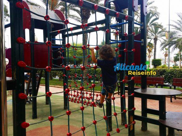 Autoreisen mit Kindern bis nach Spanien braucht Pausen