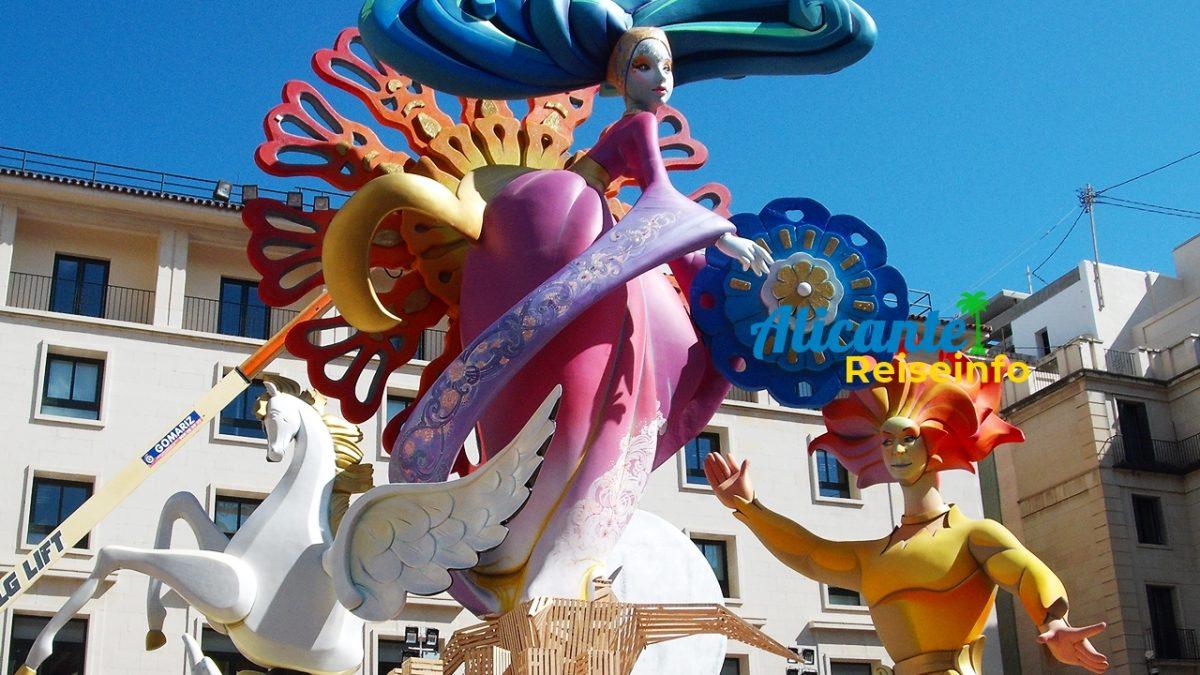 Laut, voll, lang und fröhlich: schön Feiern in Spanien